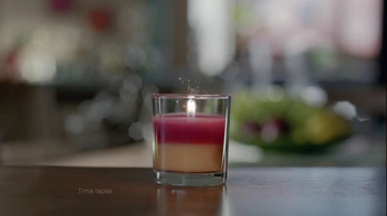 Glade TV Spot for 2 in 1 Candles - Thumbnail 4
