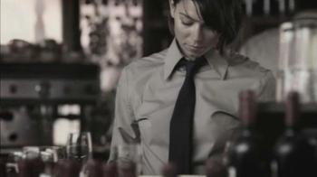 Bio Oil TV Spot, 'Restaurant Server' - Thumbnail 3