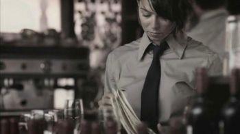Bio Oil TV Spot, 'Restaurant Server' - 253 commercial airings