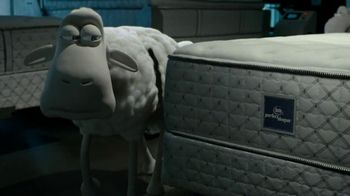 Serta TV Spot, 'Sheep Break-In' - Thumbnail 3