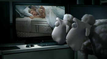 Serta TV Spot, 'Sheep Break-In' - Thumbnail 6