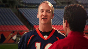 Papa John's TV Spot, '2 Million Free Pizzas' Featuring Peyton Manning - Thumbnail 4
