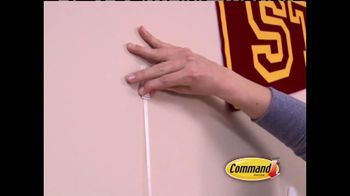 Command Damage-Free Hanging TV Spot, 'Messy Bedroom'