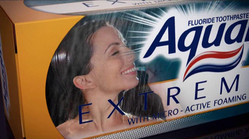 AquaFresh Extreme Clean TV Spot - Thumbnail 5