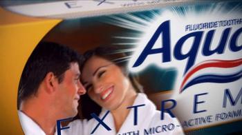 AquaFresh Extreme Clean TV Spot - Thumbnail 9