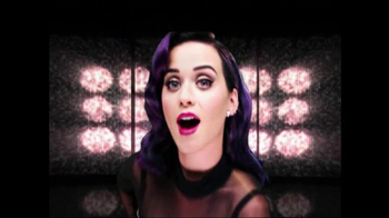 iHeartRadio TV Spot Featuring Katy Perry, Pitbull and Other Celebs - Thumbnail 6
