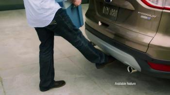 Ford Escape TV Spot, 'Lending a Foot' - Thumbnail 8