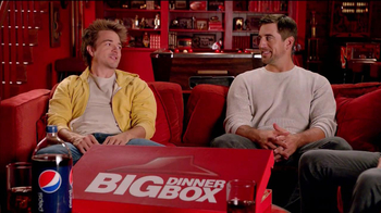 Pizza Hut Big Dinner Box TV Spot 'Hush' Featuring Aaron Rodgers - Thumbnail 3