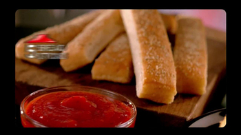 Pizza Hut Big Dinner Box TV Spot 'Hush' Featuring Aaron Rodgers - Thumbnail 7