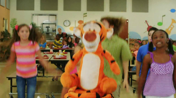 Bounce Bounce Tigger TV Spot, 'Lunch Room' - Thumbnail 4