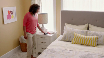 Glade Expressions Oil Diffuser TV Spot, 'RoomiAir' - Thumbnail 8