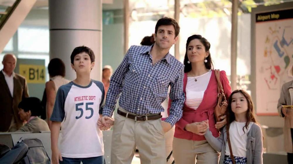 Mastercard Pre-Paid TV Commercial, 'Family Hug'