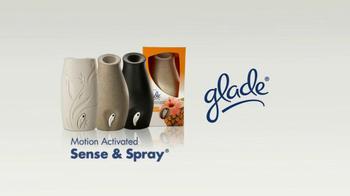 Glade Sense and Spray TV Spot, 'Surprise' - Thumbnail 9