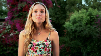 ACUVUE 1-Day Contest Winner TV Spot Featuring Meaghan Martin - Thumbnail 4