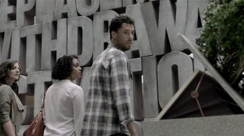 Chase Liquid TV Spot, 'Mall' - Thumbnail 5