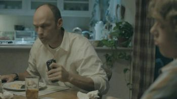 Sprint TV Spot, 'Say No to Sharing Family Dinner Table' - Thumbnail 7
