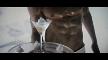 Pinnacle Whipped Vodka TV Spot, 'Pinnacle Paper or Plastic' - Thumbnail 7