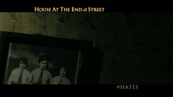 House At The End Of The Street - Thumbnail 4