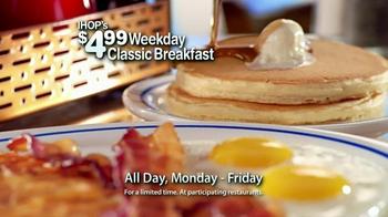 IHOP Weekly Classic Breakfast TV Spot, 'Sound Bites' - Thumbnail 9