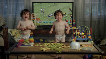 Buffalo Wild Wings TV Spot, 'Crying Babies' - Thumbnail 8