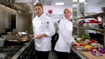 Applebee's TV Spot for 2 For $20, 'Competition' - Thumbnail 5