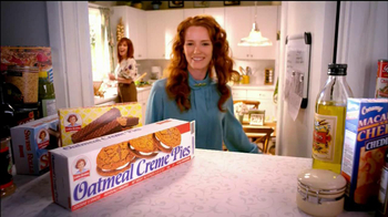 Little Debbie Oatmeal Creme Pies TV Spot, 'Tradition' - Thumbnail 6