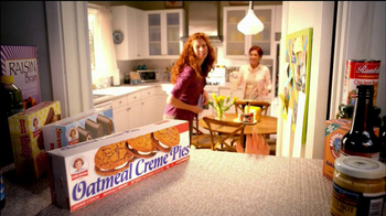 Little Debbie Oatmeal Creme Pies TV Spot, 'Tradition' - Thumbnail 8
