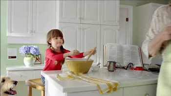 Walgreens Flu Shots TV Spot, 'Baking' - Thumbnail 4