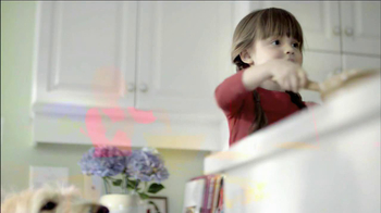 Walgreens Flu Shots TV Spot, 'Baking' - Thumbnail 7