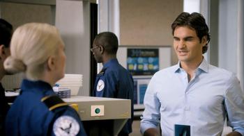 Lindt TV Spot, 'Airport Screening' Featuring Roger Federer - Thumbnail 9