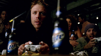 Miller Lite TV Spot, 'Video Game Party' - Thumbnail 3