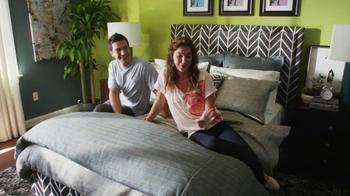 Bassett TV Spot for HGTV Home Design Studio Bedroom - Thumbnail 9