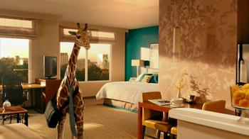 Residence Inn TV Spot, 'Giraffe' - Thumbnail 9