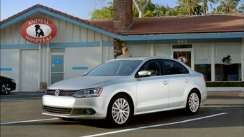 2013 Volkswagen Jetta TV Spot, 'Bulldog' Dirty Old Egg-Sucking Dog Song - Thumbnail 7
