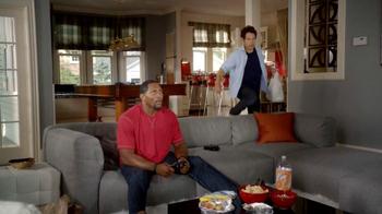 Madden NFL 13 TV Spot, 'Paul vs. Ray: Spike' - Thumbnail 4