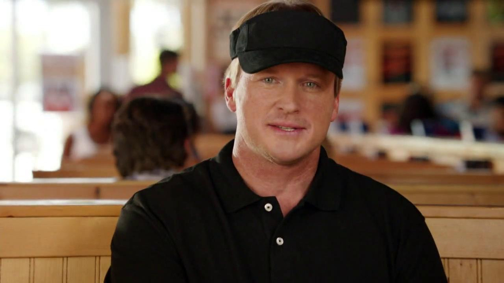 Hooters TV Commercial, 'Commercial Shoot' Featuring Jon Gruden