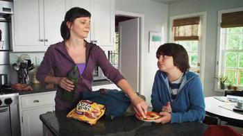 Totinos Pizza Rolls TV Spot, 'Dodging Questions' - Thumbnail 8