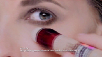 Maybelline New York Instant Age Rewind The Eraser Dark Circles TV Spot - Thumbnail 5