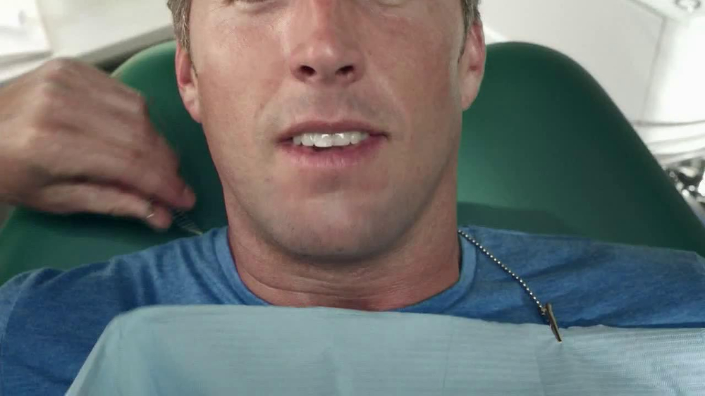 Listerine Ultra Clean TV Commercial, 'Mouth vs. Life'