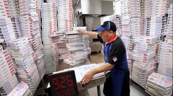 Domino's Large Two-Topping Pizza TV Spot, 'Fastest Box Folder' - Thumbnail 3