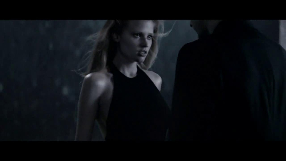 Calvin Klein TV Commercial, 'Encounter'