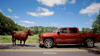 Chevrolet TV Spot, '2015 Silverado Game Day Pick' - Thumbnail 9