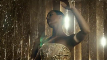 Givenchy Dahlia Divin TV Spot Featuring Alicia Keys - Thumbnail 4