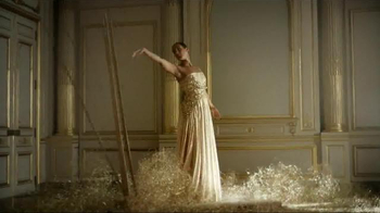 Givenchy Dahlia Divin TV Spot Featuring Alicia Keys - Thumbnail 7