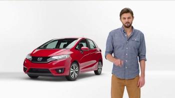 2015 Honda Fit TV Spot, 'Yogis, Carpets, Yachts and Aliens' - Thumbnail 5