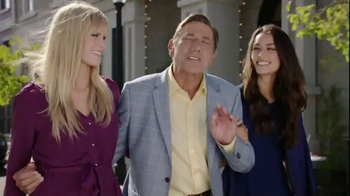 Skechers Relaxed Fit TV Spot, 'Style & Comfort: Broadway' Ft. Joe Namath - Thumbnail 5