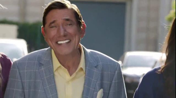Skechers Relaxed Fit TV Spot, 'Style & Comfort: Broadway' Ft. Joe Namath - Thumbnail 8