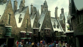 The Wizarding World of Harry Potter TV Spot, 'Lightning: Diagon Alley'