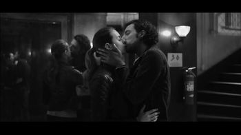 Gap TV Spot, 'Dress Normal: Kiss' - 178 commercial airings