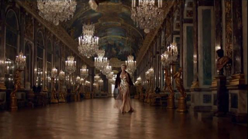 J'Adore Dior TV Spot, 'The Future is Gold' Featuring Charlize Theron - Thumbnail 2